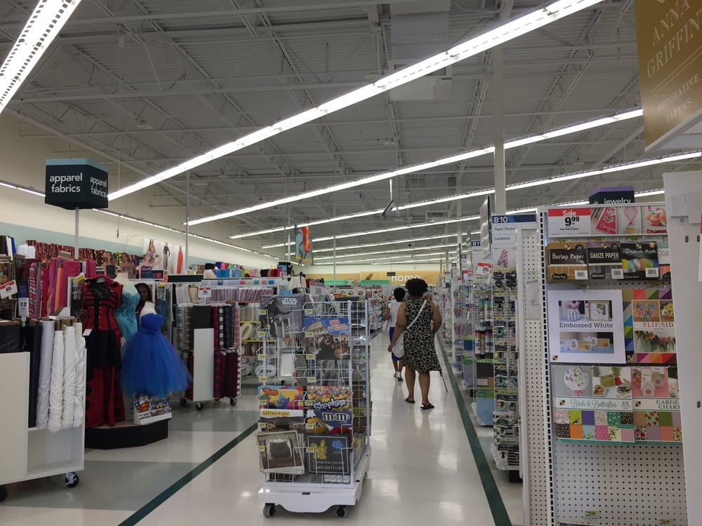 Jo ann fabric craft 25 reviews fabric stores 1010 for Joann craft store near me