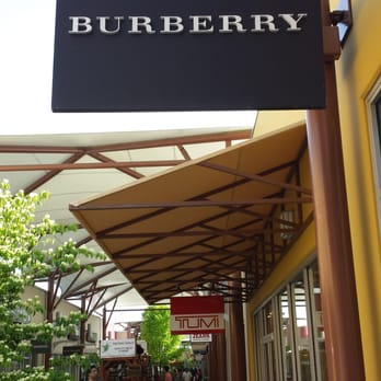 butberry outlet yljb  Photo of Burberry Outlet