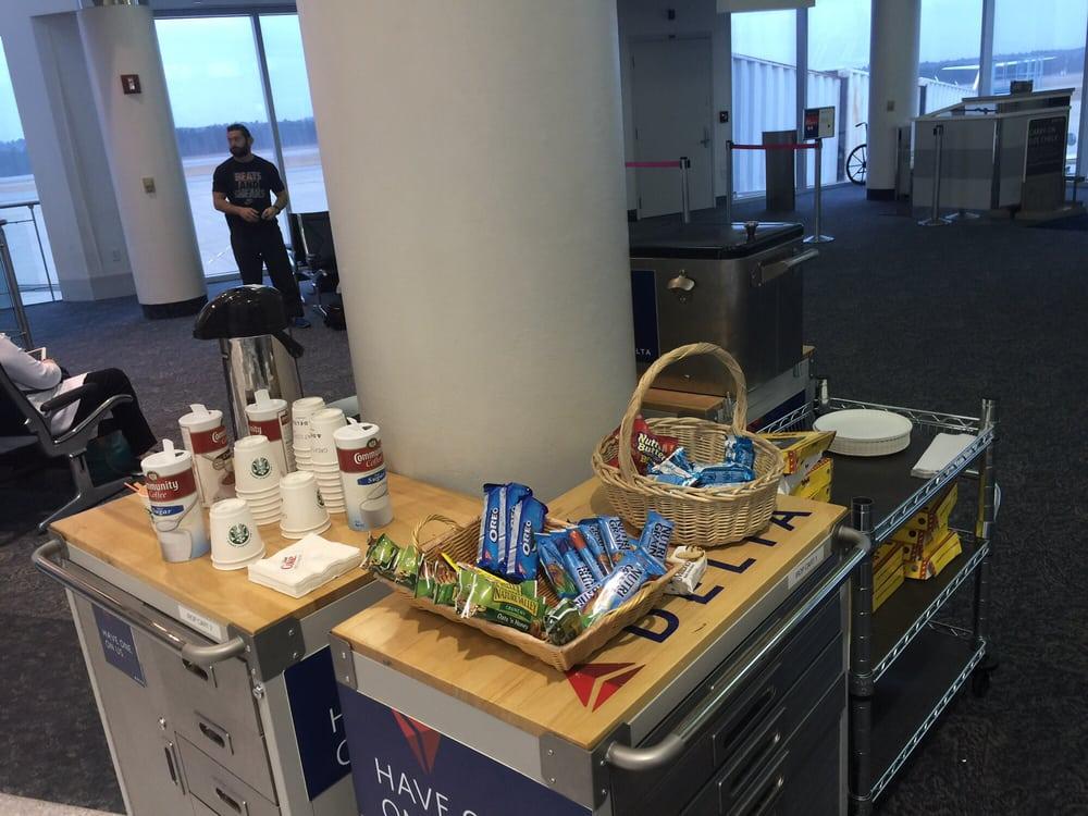 Delta Airlines: 3253 Airport Blvd, West Columbia, SC