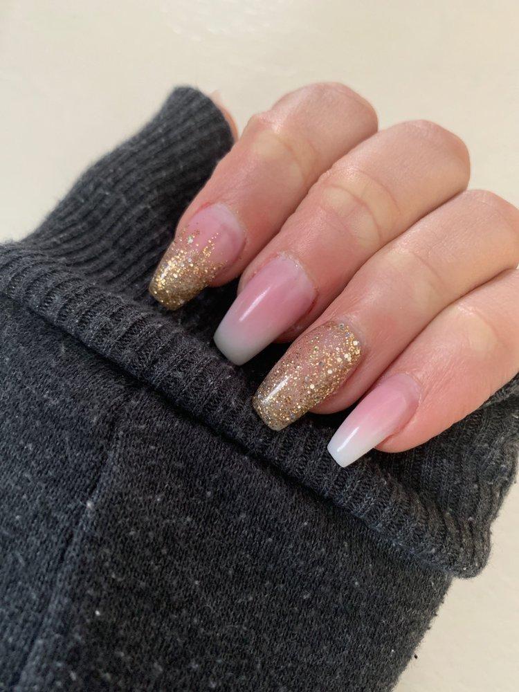 Nails 2000: 4 Parker St, Gardner, MA