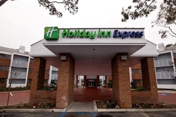 Holiday Inn Express Port Hueneme: 350 E Port Hueneme Rd, Port Hueneme, CA
