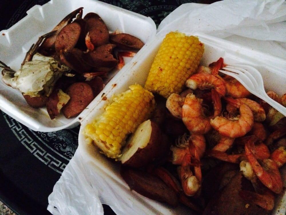 Bobo seafood market 35 photos 58 reviews seafood for Fish market savannah ga