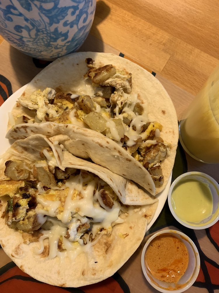 Tacos Kitchen: 17303 Great Oaks Dr, Round Rock, TX