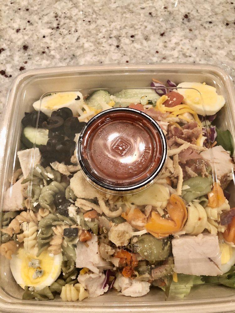 Salad Station: 4225 Lakeland Dr, Flowood, MS
