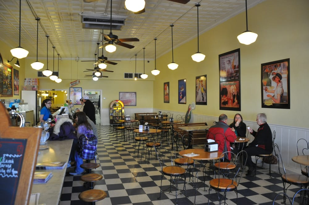 Beth marie s old fashioned ice cream 55 photos 66 for Old fashioned soda fountain near me
