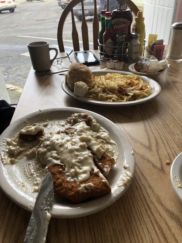 Kozy Kitchen: 531 8th St, Myrtle Point, OR