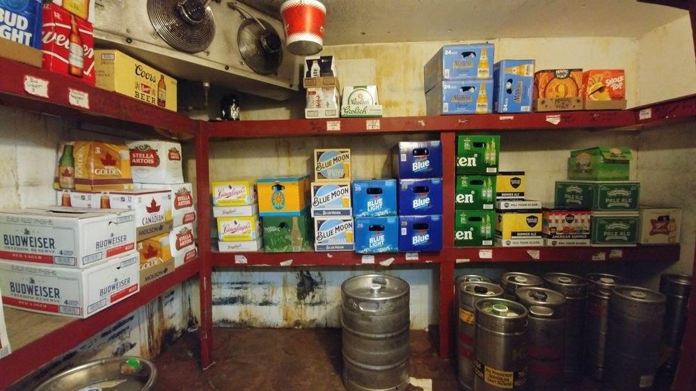 Budget Beverage: 3125 W Tilghman St, Allentown, PA