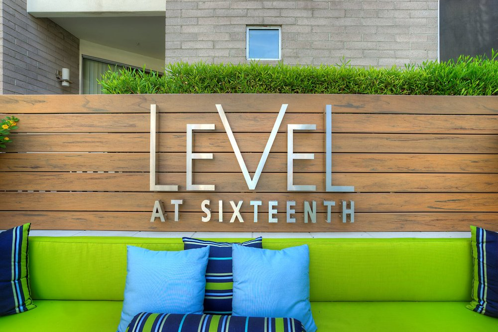 Level at Sixteenth