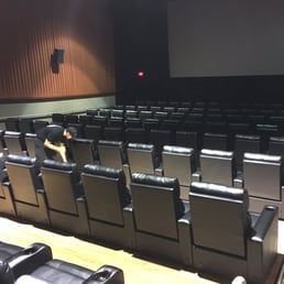 Photos For Regal Cinemas Park Place 16 Rpx Yelp