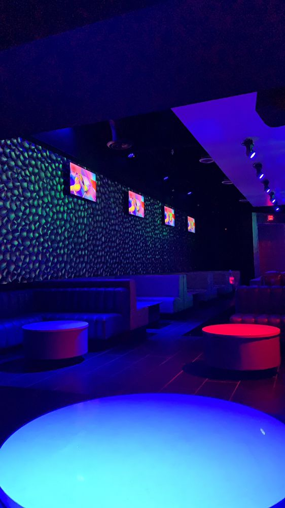 Arif Lounge
