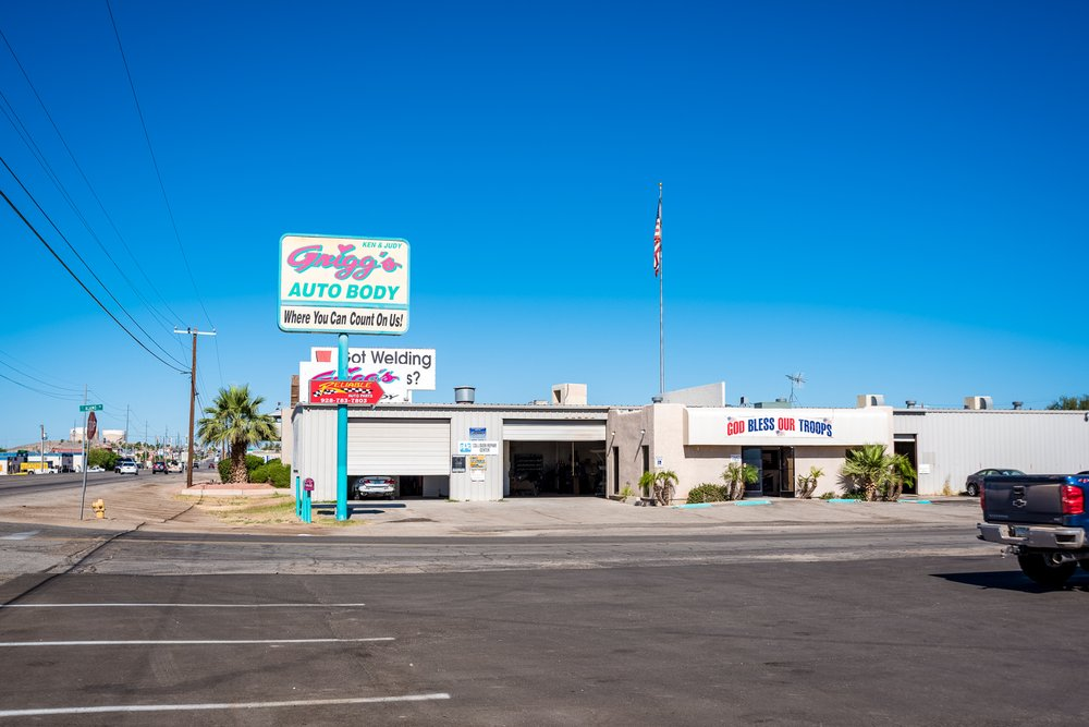 Grigg's Auto Body: 2490 E 16th St, Yuma, AZ