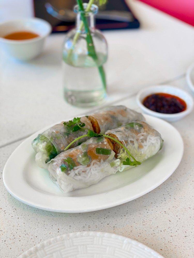 Tan Tan Cafe & Delicatessen: 12675 SW Broadway St, Beaverton, OR