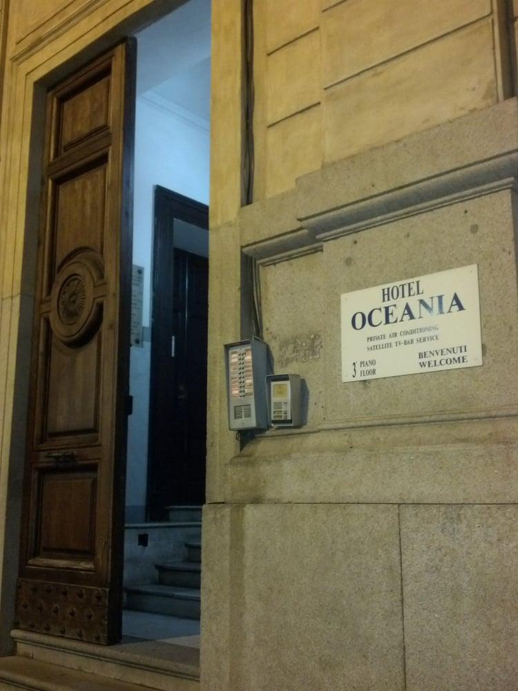 Hotel oceania hotel via firenze 38 centro storico for Hotel numero