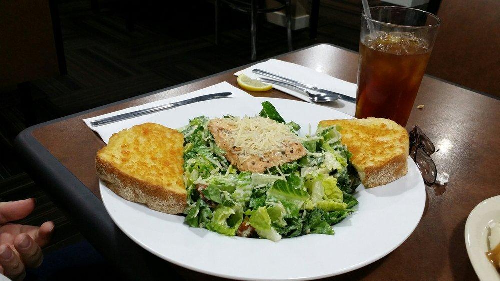 Linda's Restaurant: 91558 Biggs-Rufus Frontage Rd, Biggs Junction, OR