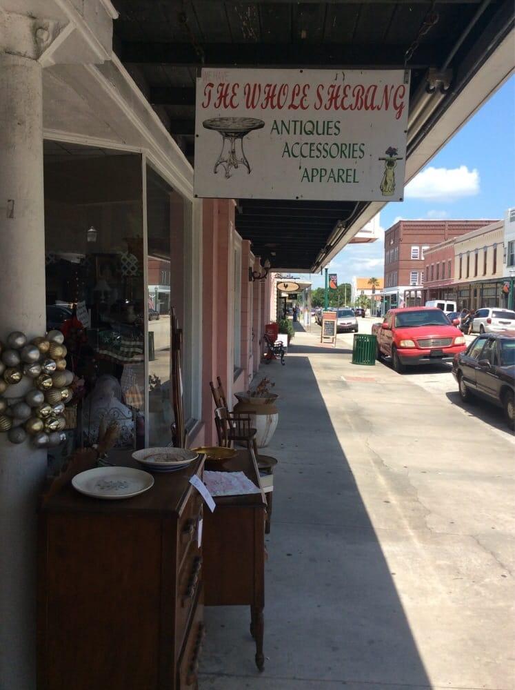 The Whole Shebang: 101 W Oak St, Arcadia, FL