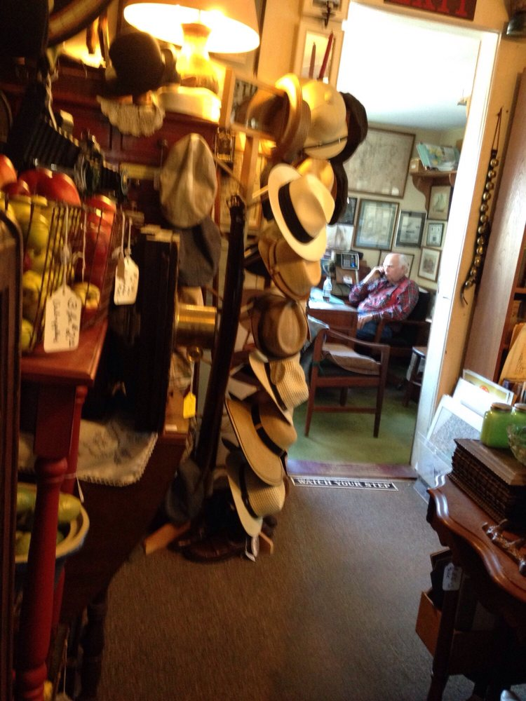 Howard's Flying Dragon Antiques: 136 Main St, Essex, MA