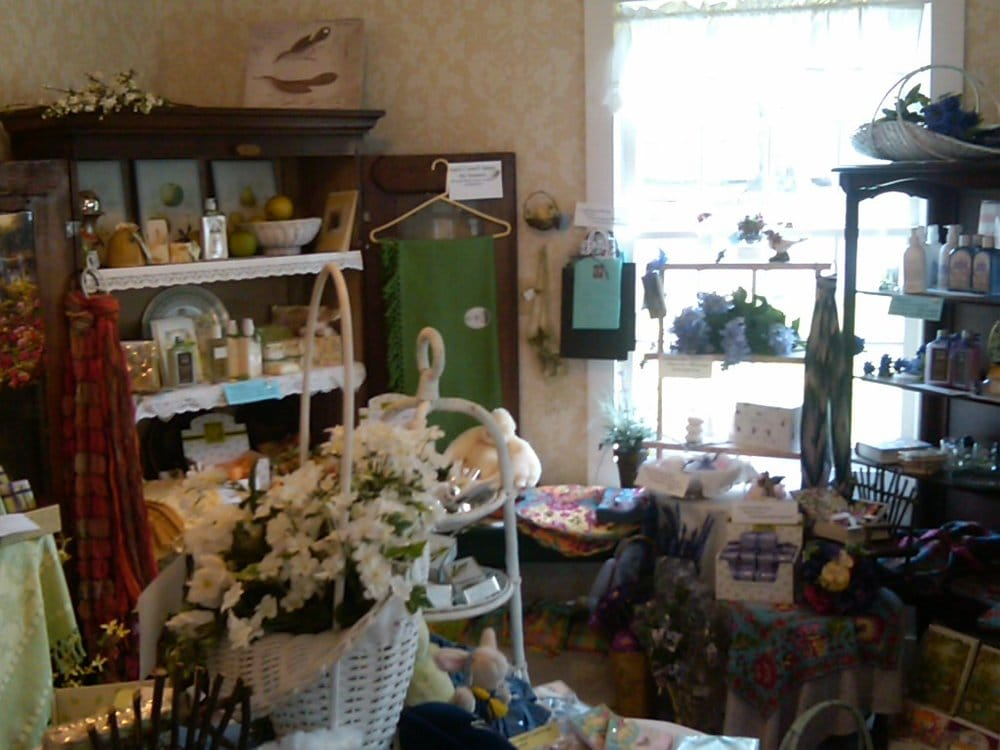 Time After Time: 21611 Main St NE, Aurora, OR