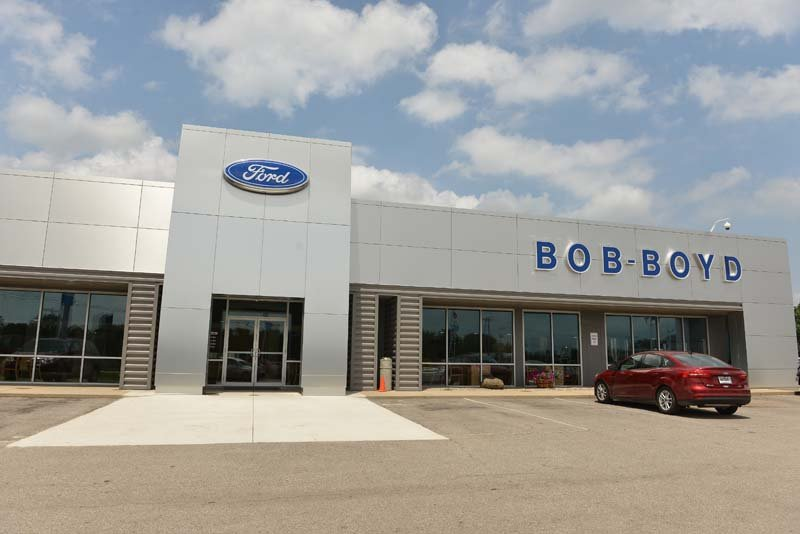 bob boyd auto family 14 photos car dealers 2810 n columbus st lancaster oh phone. Black Bedroom Furniture Sets. Home Design Ideas