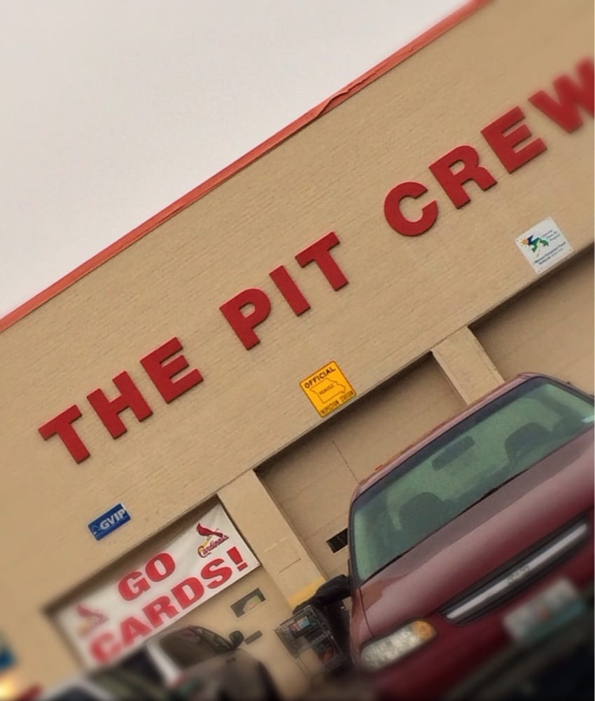 Pit Crew Tire and Auto Service: 1 Flower Valley Shopping Ctr, Florissant, MO