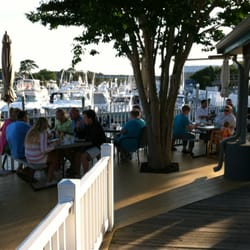 Sandbridge Island Restaurant Reviews