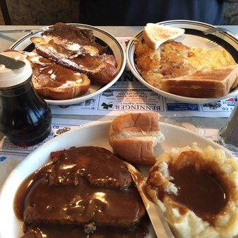 Photo Of Pioneer Diner Mount Pocono Pa United States Tons Good