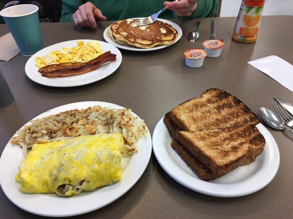 Hy -Vee Wi Fi Cafe: 1700 E Washington St, Mount Pleasant, IA