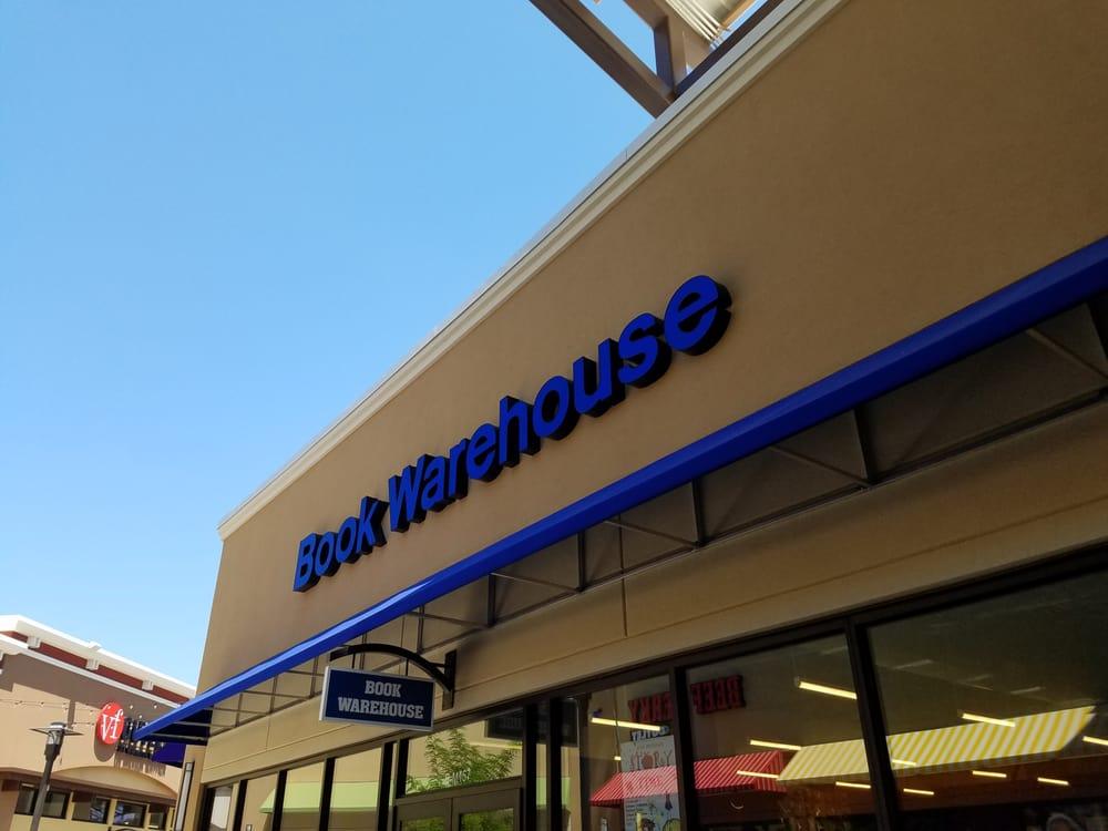 Book Warehouse: 11201 Bass Pro Pkwy, Little Rock, AR