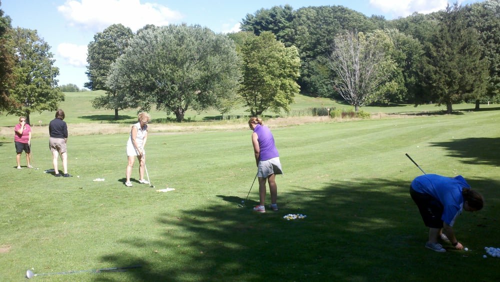 Brad Patterson PGA Golf Instruction & Learning Center: 1 Village Green Blvd, Baldwinsville, NY