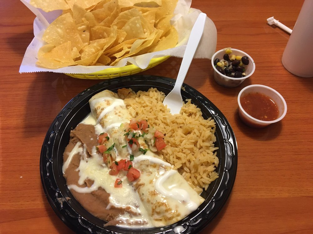 Taqueria El Taco: 192 Civic Center Blvd, Anderson, SC