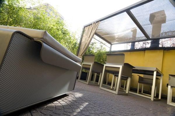 White art space design gallerie d 39 arte spazi espositivi for Art design milano