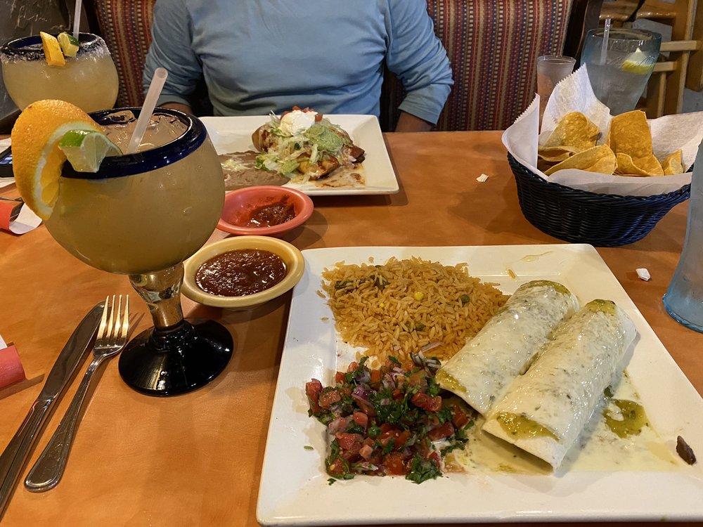 Monte Alban Restaurante Mexicano: 498 Main St, Andrews, NC