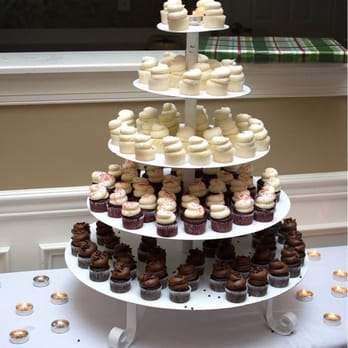 gigi s cupcakes of raleigh order food 74 photos 82 reviews desserts 1028