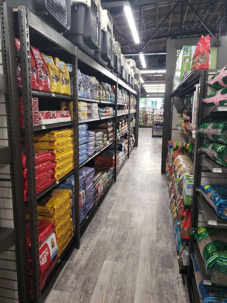 Pet Supermarket: 818 Harden St, Columbia, SC