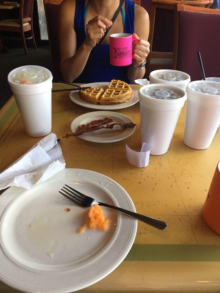 Fiddler's Restaurant: 1306 Riverside Dr SE, Steinhatchee, FL