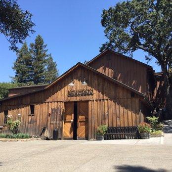 Kenwood vineyards 68 photos 92 reviews wine tasting for Sonoma barn
