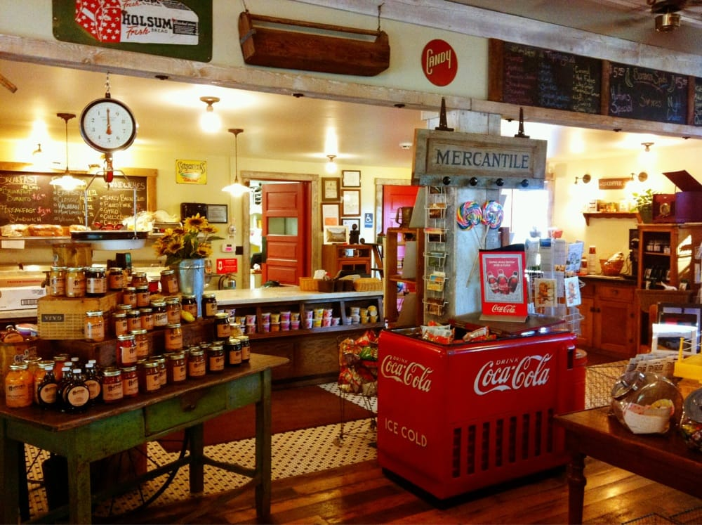 Hutton's General Store: 17497 S Highway 97, Harrison, ID
