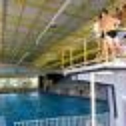 Piscine l o lagrange swimming pools all e de l 39 ile for Piscine leo lagrange