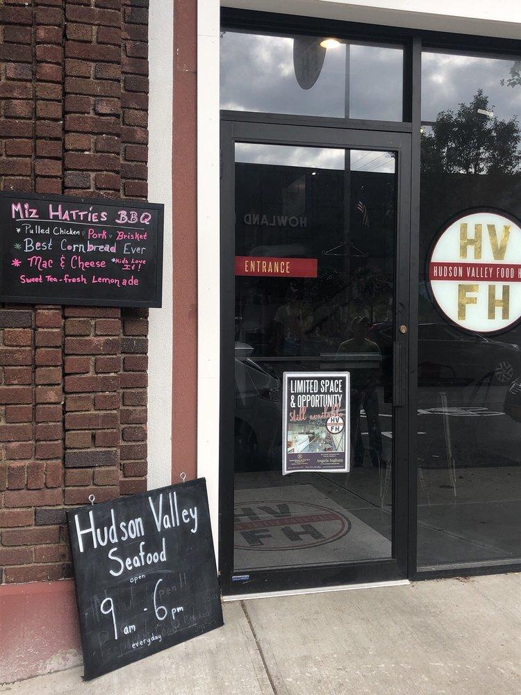 Miz Hattie's Southern BBQ: 288 Main St, Beacon, NY