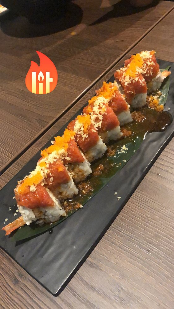 Kitanoya  Ramen & Sushi: 1651 S Victoria Ave, Oxnard, CA