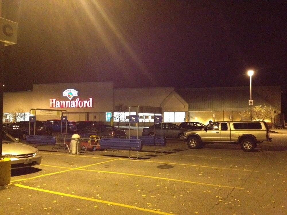 Hannaford Food and Drug: 630 Lafayette Rd, Hampton, NH