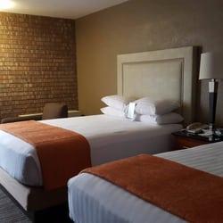 Drury Inn & Suites Austin North - 45 Photos & 71 Reviews - Hotels