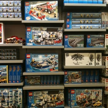 Lego Store - 73 Photos & 38 Reviews - Toy Stores - 1 Mills Cir ...