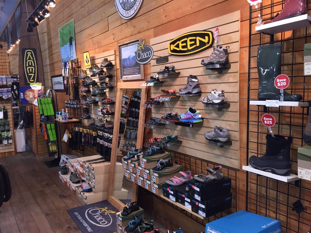 Naturally Outdoors Outfitters: 2519 W Palmetto St, Florence, SC