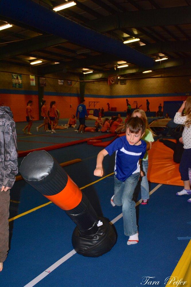 American Twisters: 438 Kelly Ln, Clarksville, TN