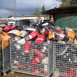A L F Auto Wreckers - 18 Photos - Auto Parts & Supplies