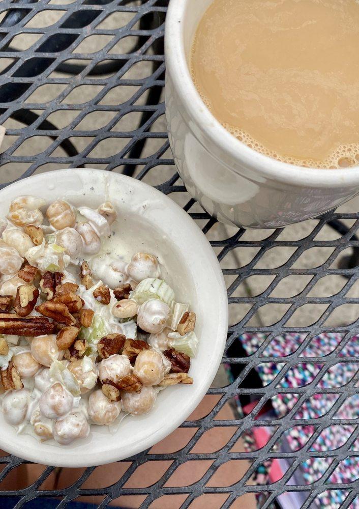 Pilora's Cafe: 910 N Main St, Oshkosh, WI