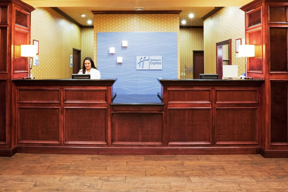 Holiday Inn Express & Suites Altus: 2812 E Broadway St, Altus, OK