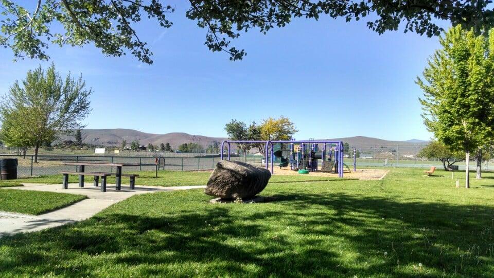 Janesville Park: 464-400 Church St, Janesville, CA