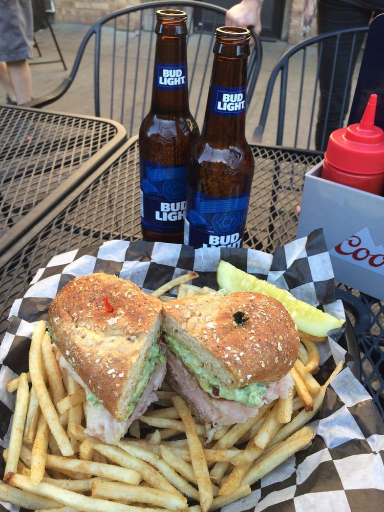 Paramount Bar: 219 N Santa Fe Ave, Salina, KS