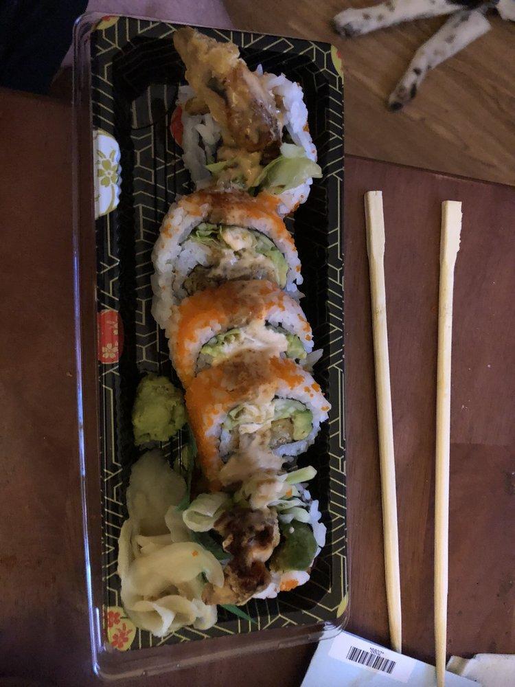 Tokyo House Sushi & Ramen: 1818 N Crossover Rd, Fayetteville, AR